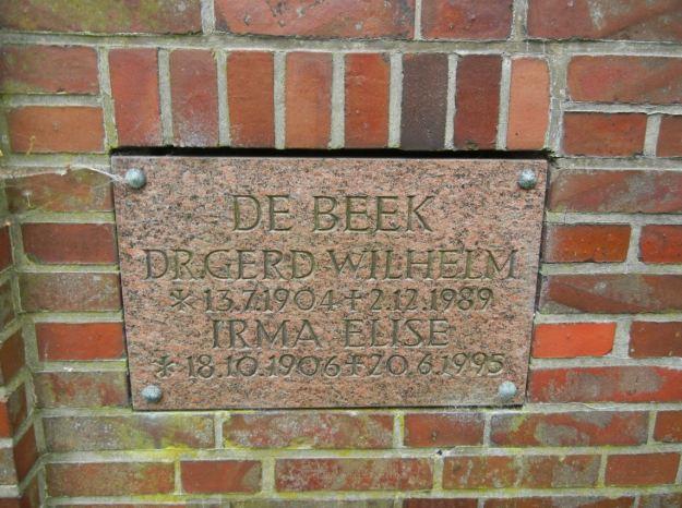 cemetery-plaque