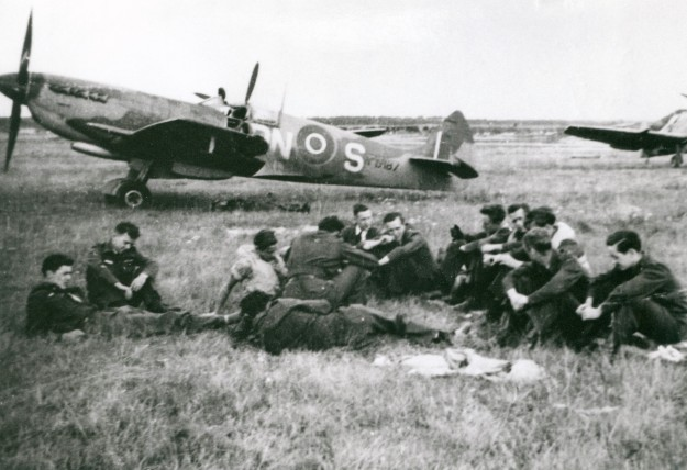 The pilots left 1500 hrs, 2 Aug. 45.